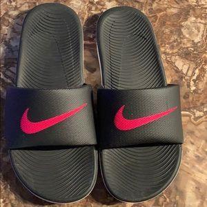 NEW Nike Slides